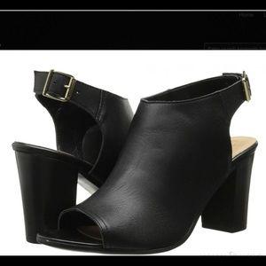 Bella Vita Adige black peep toe buckle slingback